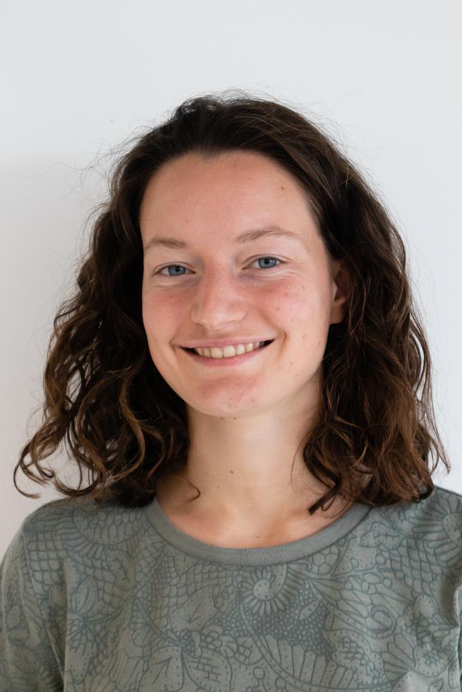 Qnami team member Agathe Jouneau